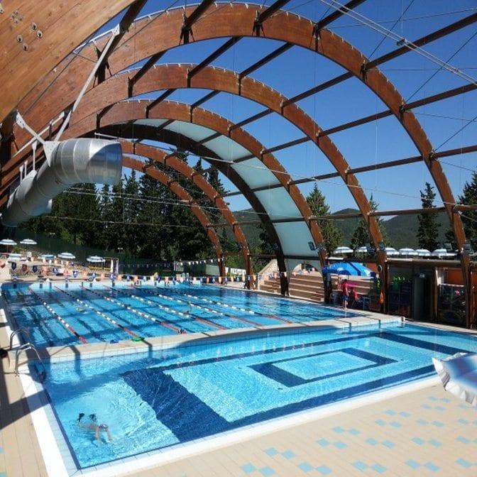 Piscina lacugnana umbria green card - Hotel con piscina umbria ...